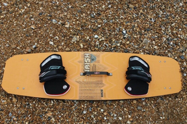 Used Naish twin tip 129cm (kite surfing)