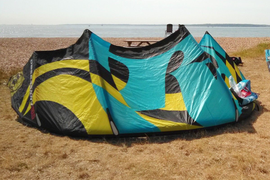 RRD  Obsession  10.5 M  4- Line Power Kite  all good ..Post or  Collect