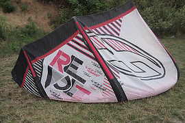 F-One Revolt 11m 2010 kitesurfing kite complete,bar,lines and bag