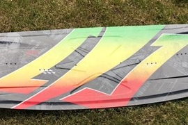 '14 Naish Dub Kitesurfing board with fins & handle, great condition..