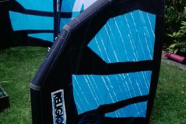 RRD Religion kitesurfing kite 9 with bag