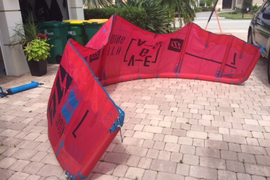 This kite is like new, hardly used here in Florida  ...