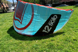 Liquid Force Solo V2 12m kite for kitesurfing