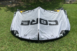This Core XR5 5M kite has been used for demo purpo  ...