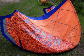 oboe. 7m Airush Union kite and bag. No holes, cuts  ...