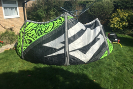 Naish Torch 9m - Kitesurfing Kite