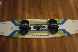 Up for sale is a liquid force 160 cm kiteboard wit  ...