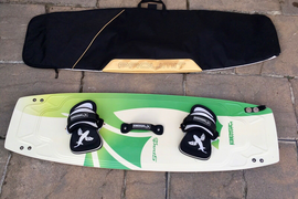 Best Spark 140 Kitesurfing Board and Board Bag Kite Surf.