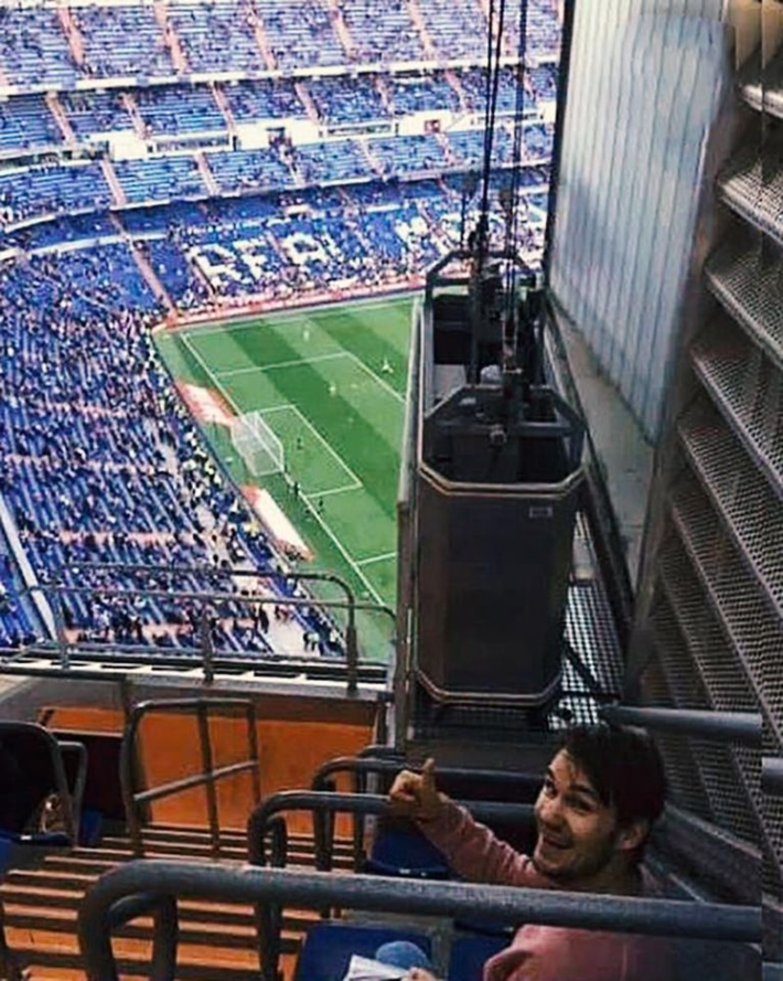 I would like to introduce to you, this is the cheapest row of seats on the Santiago Bernabeu stadium