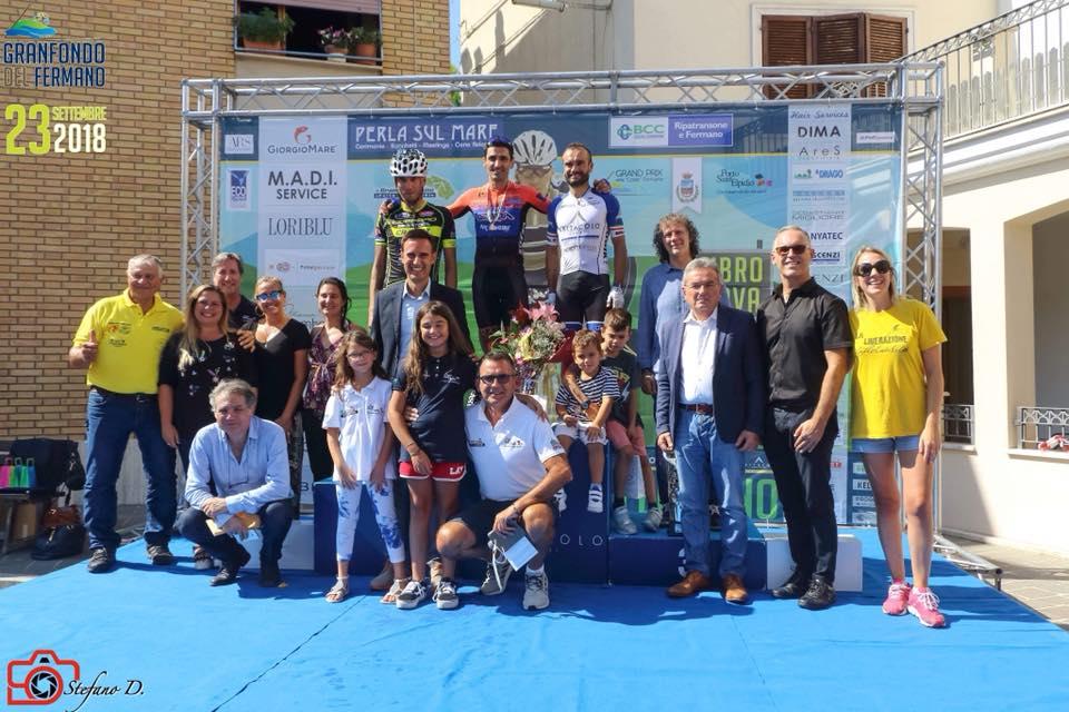 Podio maschile della Gran Fondo dei Due Santuari del Fermano 2018, terza edizione