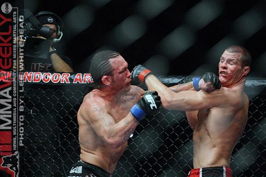 UFC 89 - Michael Bisping contro Chris Leben: Risultati 1