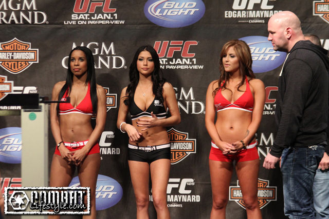 Ring girls UFC... poteva mancare una foto del nuovo trio ? 1