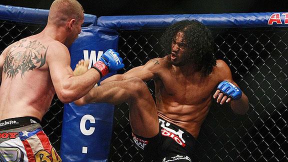 Benson Henderson vs Frankie Edgar per il titolo UFC dei pesi leggeri 1