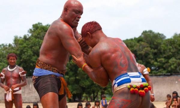 Anderson Silva si allena coi Nativi Brasiliani 1