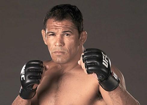 UFC 149: Minotauro vs Congo - UFC on Fuel 4: Weidman vs Munoz 1