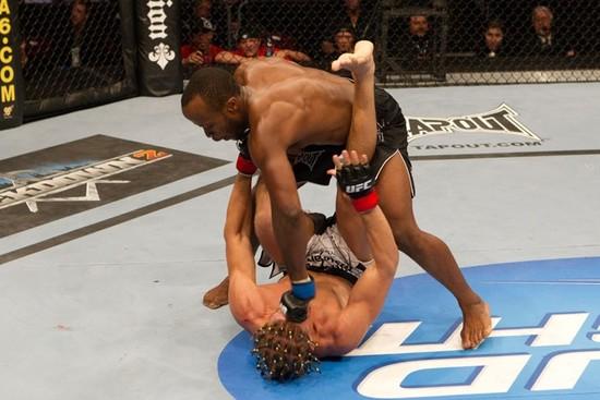 UFC 139: e oggi si rompe... Claude Patrick 1