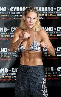 Ronda Rousey vuole la Cyborg, ma alle sue condizioni.... 1