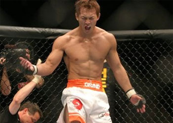 UFC 155 - Alan Belcher vs. Yushin Okami II  1