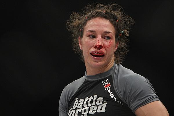 Sara McMann in Strikeforce