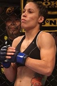 Liz Carmouche è la prima avversaria di Ronda in UFC 3