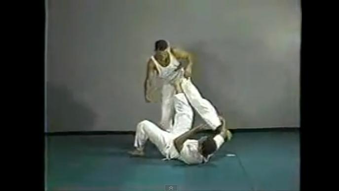 gracie-jiu-jitsu-tape