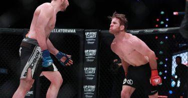 Il debutto di AJ Agazarm nelle MMA. 4