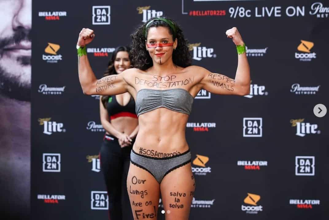 L'importante messaggio di Alejandra Lara, la fighter di MMA Colombiana che protesta contro la deforestazione 1