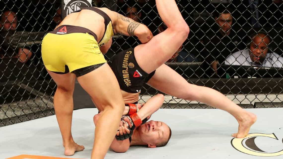 Video: Tutti i KO via SLAM nella storia della UFC (vietato ai deboli di stomaco!) 1