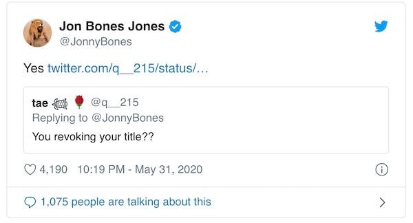 Jon Jones lascia vacante il titolo 5