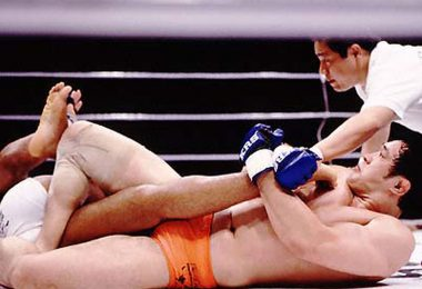 Sakuraba vs Newton: Il video della kneebar 18