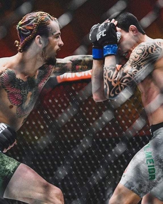 RISULTATI UFC 260: Ngannou compie una FATALITY su Stipe! 7