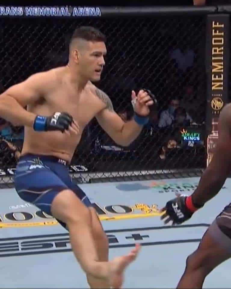 RISULTATI UFC 261 - SHOCKING NIGHT 3