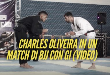 Charles Oliveira in un match di BJJ con Gi (VIDEO) 2