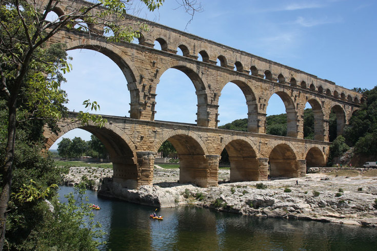 https://s3.eu-central-1.amazonaws.com/gj-test/web/uploads/images/thumbs/0/csv/c96a19f1/e_Pont_du_Gard.jpg