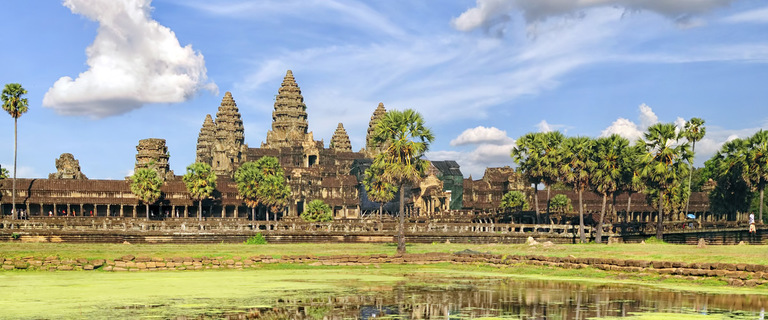 https://s3.eu-central-1.amazonaws.com/gj-test/web/uploads/images/thumbs/1/Angkor_Kambodscha.jpg