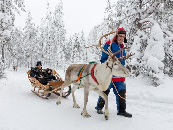https://s3.eu-central-1.amazonaws.com/gj-test/web/uploads/images/thumbs/1/csv/43cbc5aa/g_finnland-winterreise.jpg