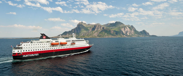 https://s3.eu-central-1.amazonaws.com/gj-test/web/uploads/images/thumbs/1/hurtigruten-jubilaeumsspeci.jpg