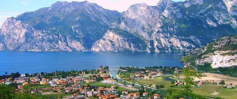https://s3.eu-central-1.amazonaws.com/gj-test/web/uploads/images/thumbs/1/italien-gardasee.jpg