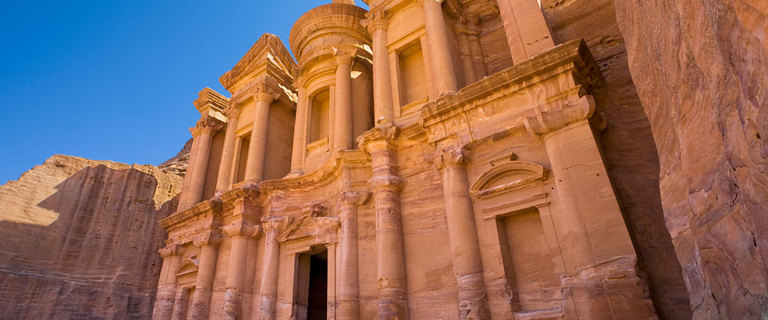 https://s3.eu-central-1.amazonaws.com/gj-test/web/uploads/images/thumbs/1/jordanien-petra.jpg