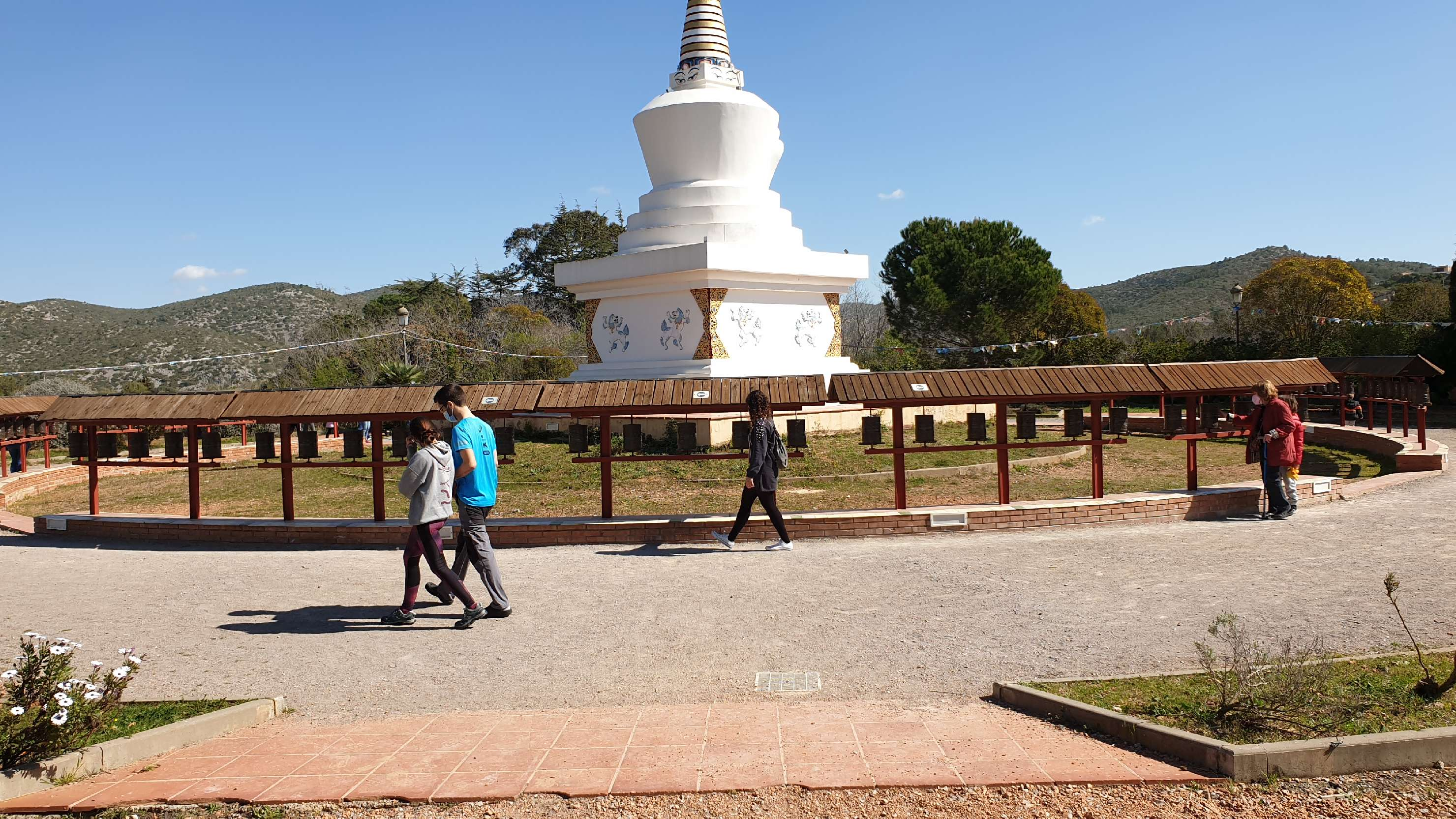 Monestir Budista del Garraf, Sakya Tashi Ling