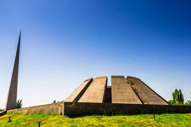 Tsitsernakaberd Monumento a Víctimas del Genocidio Armenio
