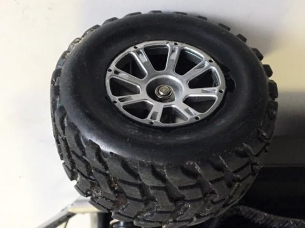 R66 RC Auto Ersatz Reifen