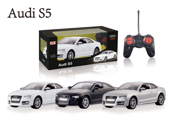 RC Auto Audi S5 1:18 Farbe WEISS DX121833