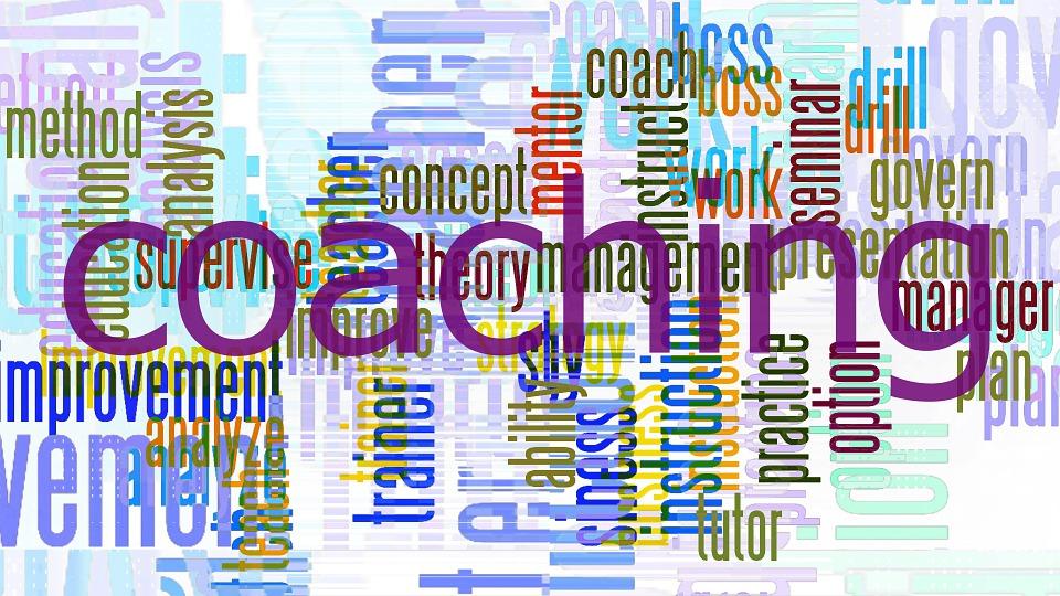Rozwój osobisty pracownika – coaching czy mentoring?