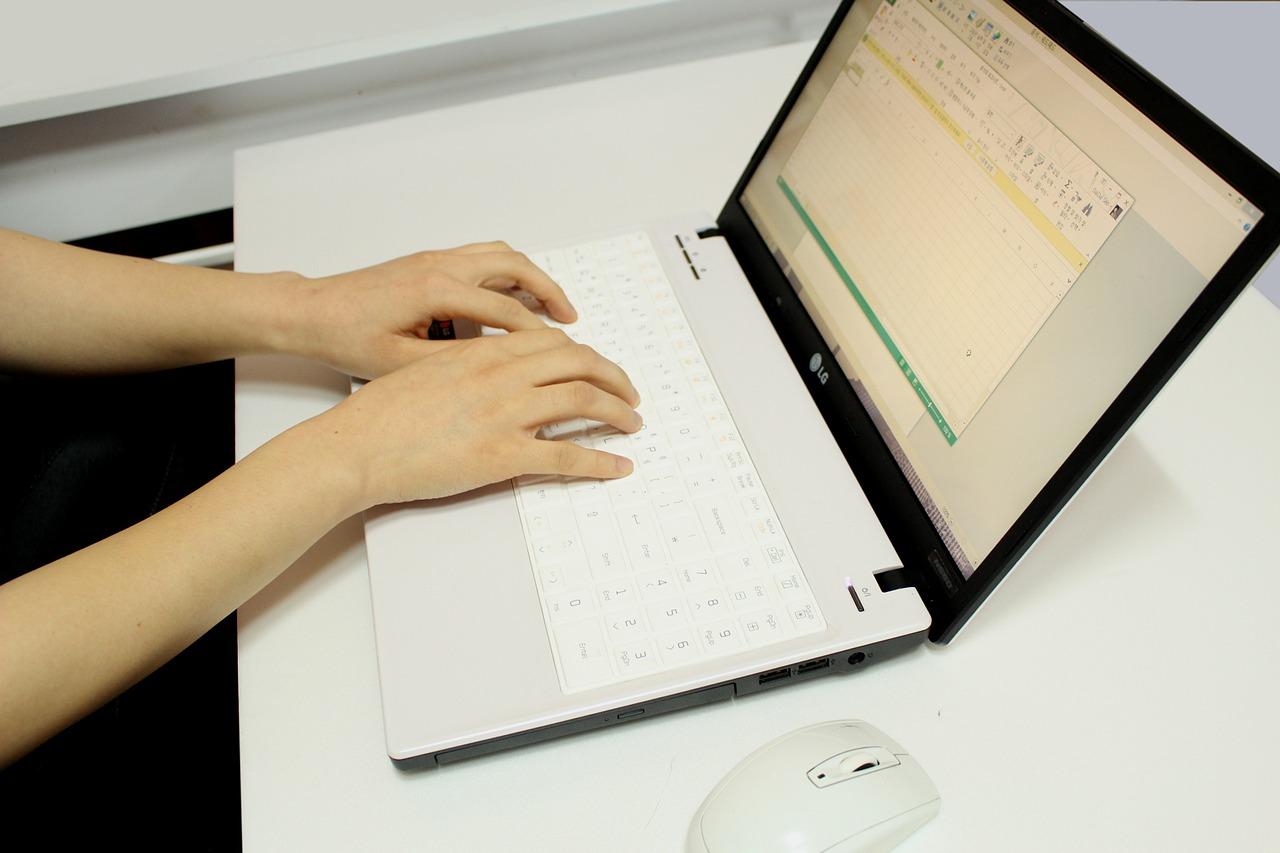 Programy stażowe a employer branding
