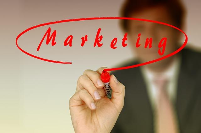 Marketing szeptany, czy jest skuteczny w XXI wieku?