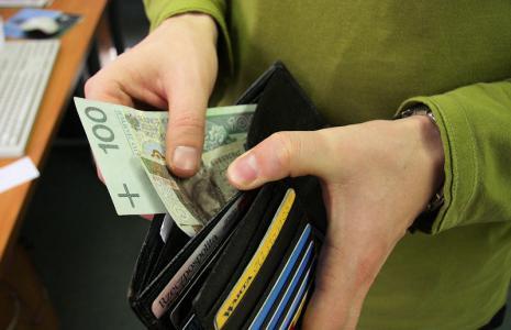 Ostrożnie z opłatą za konto firmowe z ubezpieczeniem