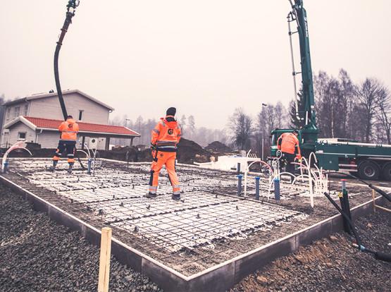 BETONG - Husbyggnadsbetong, Anläggningsbetong, Reperationsprodukter, Trädgårdsplattor, Betonggjutningar