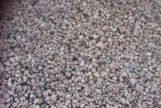 MAKADAM 16/22 - Materialet används som toppbeläggning på vägar och som kapillärbrytande skikt under husgrunder. Även som dekoration.
