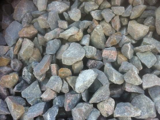 MAKADAM 90/150 - Används som erosionsmakadam vid vattendrag och liknande.
